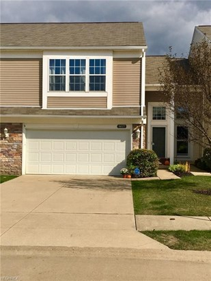 8617 Dunham Dr, Olmsted Falls, OH - USA (photo 1)
