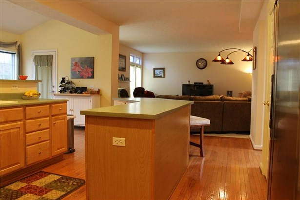 182 Millford Crossing, Penfield, NY - USA (photo 4)
