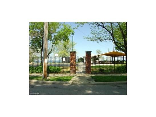 111 E 217 St, Euclid, OH - USA (photo 3)