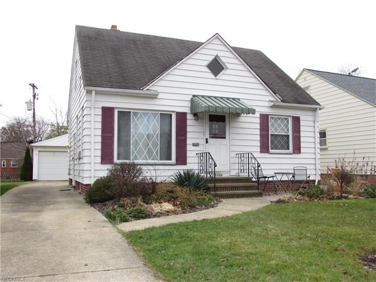 14029 Clairview, Cleveland, OH - USA (photo 2)