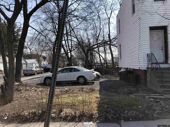 13 Oneida Ter, Albany, NY - USA (photo 2)