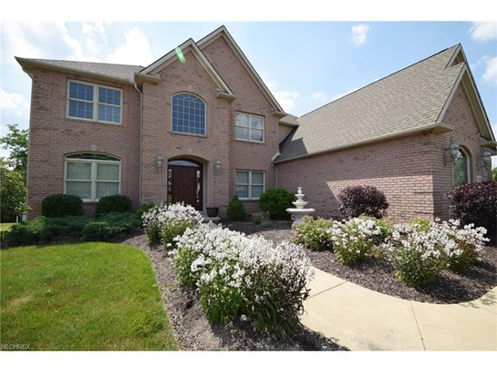 17480 Sawgrass Cir, North Royalton, OH - USA (photo 2)