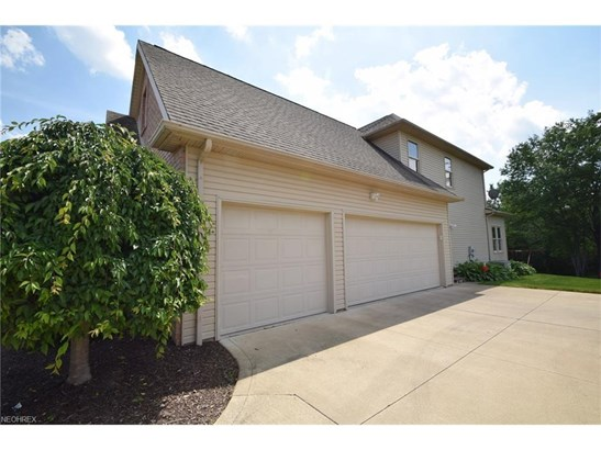 17480 Sawgrass Cir, North Royalton, OH - USA (photo 3)