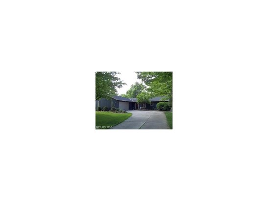15288 Forest Park Dr, Strongsville, OH - USA (photo 1)