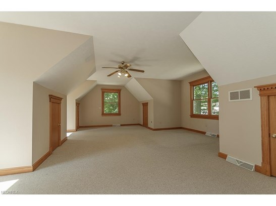 9415 Hoose Rd, Mentor, OH - USA (photo 3)
