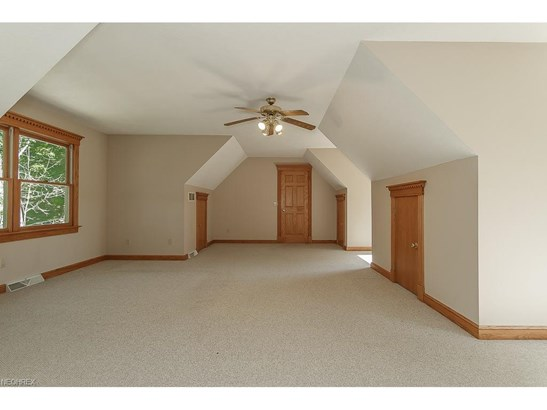 9415 Hoose Rd, Mentor, OH - USA (photo 5)