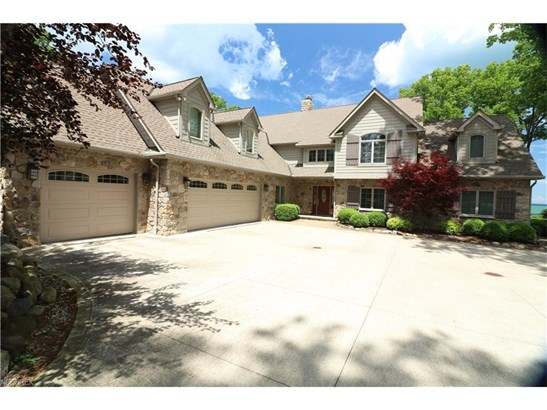 25414 Lake Rd, Bay Village, OH - USA (photo 1)