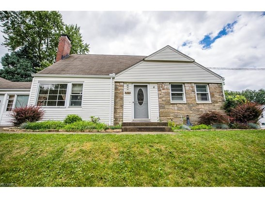 804 Woodward Nw Pl, Canton, OH - USA (photo 2)