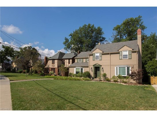 2322 Winfield Ave, Rocky River, OH - USA (photo 3)