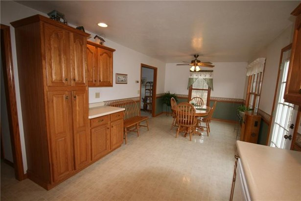 577 Brownhome Road, Castle, PA - USA (photo 4)