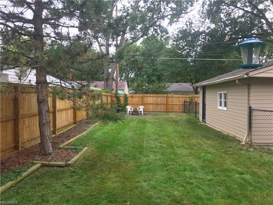7006 Beresford Ave, Parma Heights, OH - USA (photo 2)