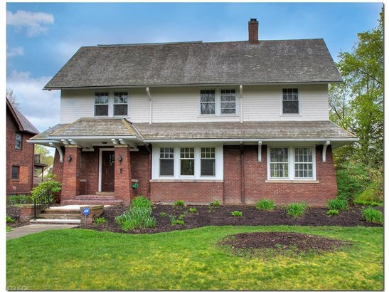 2488 Wellington Rd, Cleveland Heights, OH - USA (photo 1)