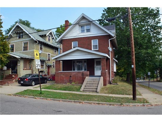 131 Beck Ave, Akron, OH - USA (photo 1)