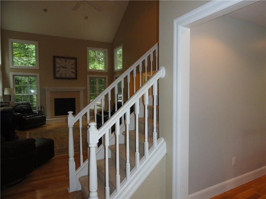 4218 Stone Creek Drive, Mill Creek, PA - USA (photo 4)