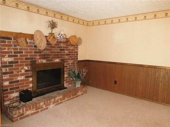 8910 Shoemaker Nw Ave, Canal Fulton, OH - USA (photo 4)