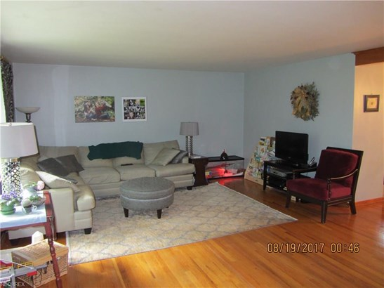 144 Parkview Dr, Hubbard, OH - USA (photo 5)