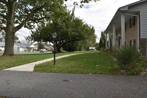 3022 Pheasant Drive, Lancaster, PA - USA (photo 2)