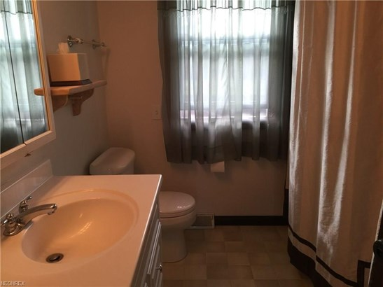 1828 Chapel Hill Dr, Youngstown, OH - USA (photo 5)