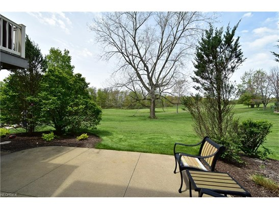 418 Saint Andrews Ln, Broadview Heights, OH - USA (photo 3)