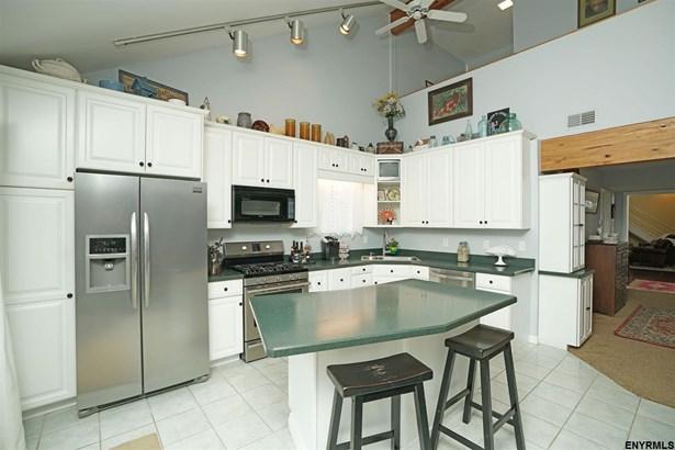 703 Wemple Rd, Glenmont, NY - USA (photo 5)