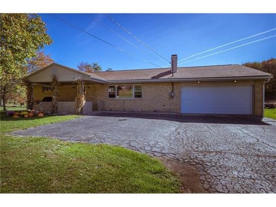 6479 Tuscarawas Rd, Midland, PA - USA (photo 2)