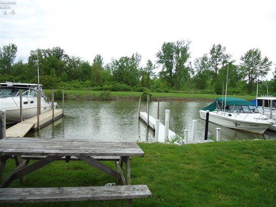 8900 West Canada Goose Court, Oak Harbor, OH - USA (photo 3)