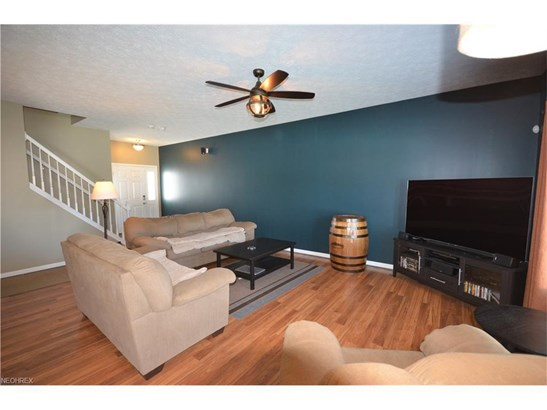 4526 Vineyard Dr, Lorain, OH - USA (photo 3)