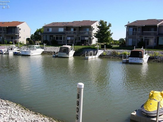 8829 West Canada Goose Court, Oak Harbor, OH - USA (photo 1)