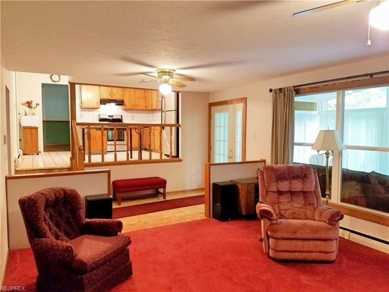 2455 Glengate Rd, Willoughby Hills, OH - USA (photo 5)