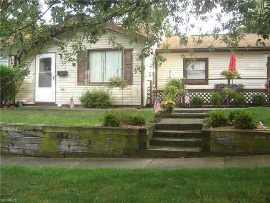 492 Dorset St, Akron, OH - USA (photo 1)