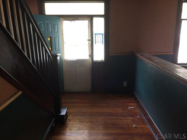 221 Vaughn Street, Johnstown, PA - USA (photo 3)
