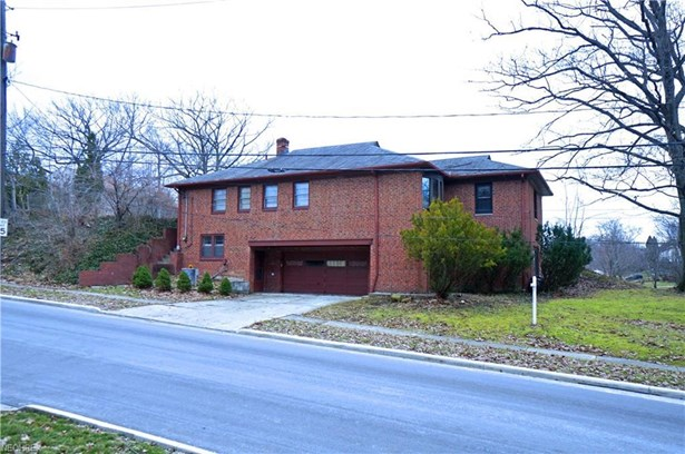 3703 Meadowbrook Blvd, University Heights, OH - USA (photo 1)