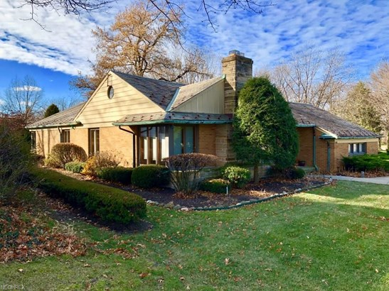 1060 Brandon Rd, Cleveland Heights, OH - USA (photo 1)