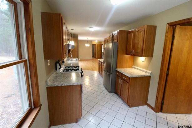 108 Glenwild Rd, Middle Grove, NY - USA (photo 3)