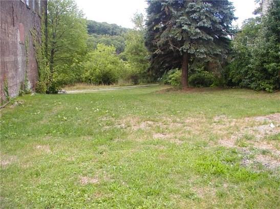 102 Bessemer, Lyndora, PA - USA (photo 1)