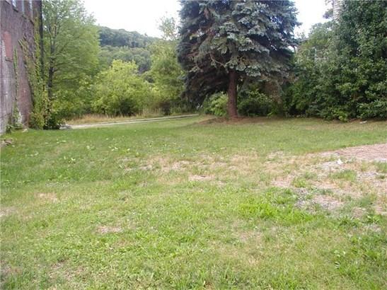 102 Bessemer, Lyndora, PA - USA (photo 2)