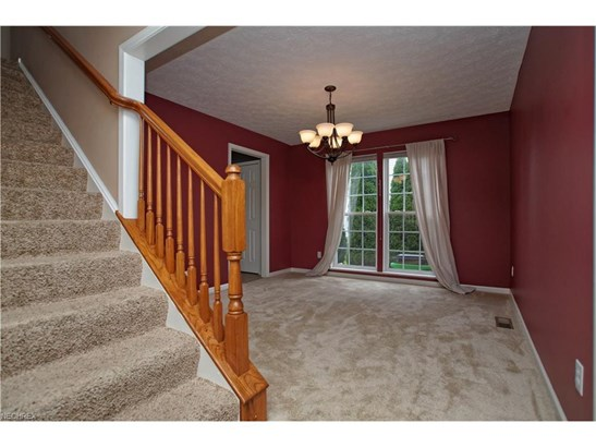 651 Brookledge Ct, Northfield Center, OH - USA (photo 2)