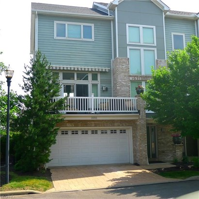 2251 City View Dr, Cleveland, OH - USA (photo 1)