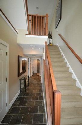 2251 City View Dr, Cleveland, OH - USA (photo 2)