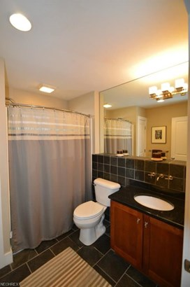 2251 City View Dr, Cleveland, OH - USA (photo 4)