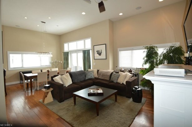 2251 City View Dr, Cleveland, OH - USA (photo 5)