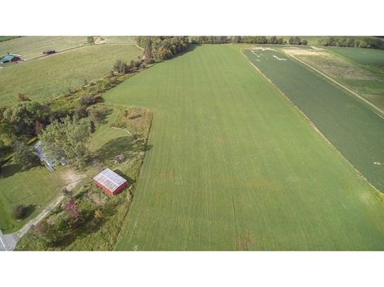1465 State Route 307 E, Jefferson, OH - USA (photo 2)