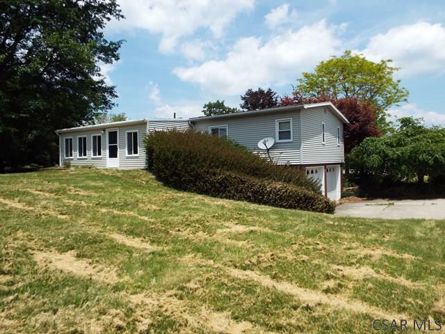 1011 Rocky Rd, Johnstown, PA - USA (photo 2)