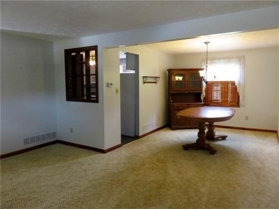 236 Farmbrook, Hempfield, PA - USA (photo 3)