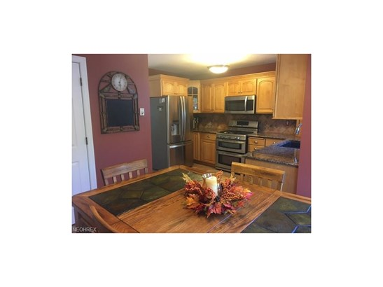 4538 Greenlawn Dr, Stow, OH - USA (photo 2)