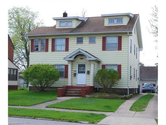 8323 Greenlawn Ave, Parma, OH - USA (photo 1)