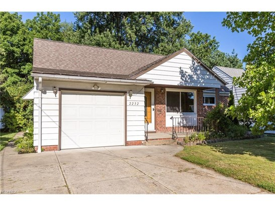2232 Green Ridge Dr, Wickliffe, OH - USA (photo 1)