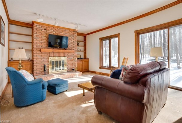 35850 Jennie Ln, Willoughby Hills, OH - USA (photo 4)