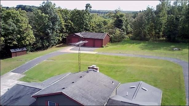 6914 Hassel Rd, Sharpsville, PA - USA (photo 2)