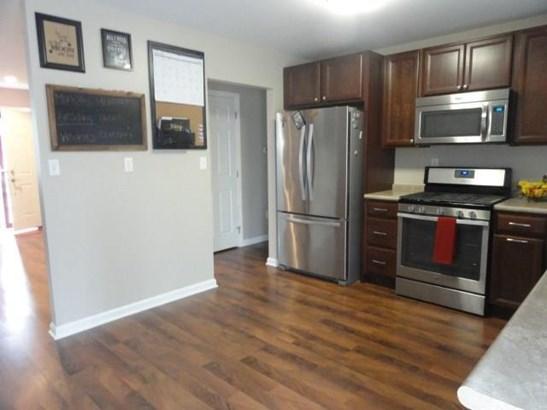 204 Orange St, Monroeville, PA - USA (photo 3)